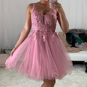 Dresses & Skirts - Gorgeous Pink lace prom dress